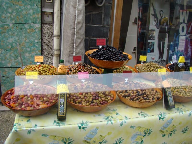 Au Marché (olives)