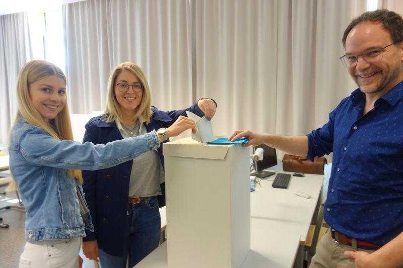 Juniorwahl Zum EU-Parlament Am AVG