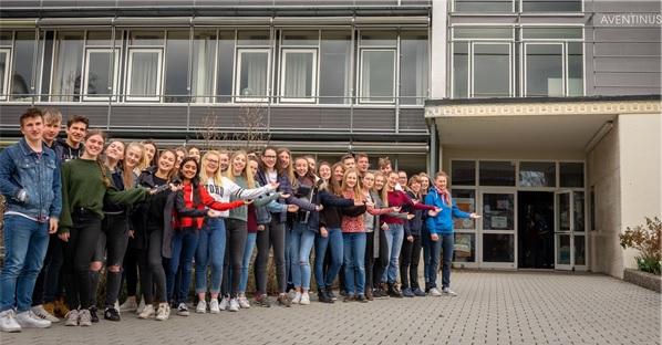 Dein Weg Ans AVG: Schulbroschüre – Image-Film – Termine Für Einschreibung