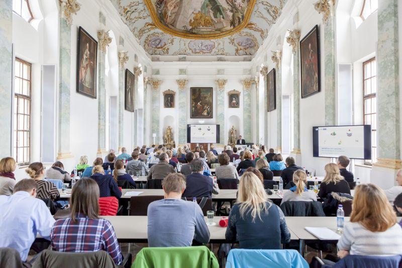 Das E.O.Fischer-Seminar Fand Erstmalig Im TUM Akademiezentrum Raitenhaslach Statt